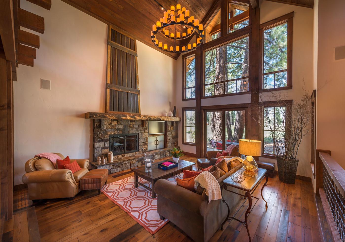 Tahoe Mountain Lodging Caleb Circle 12626 Living Room
