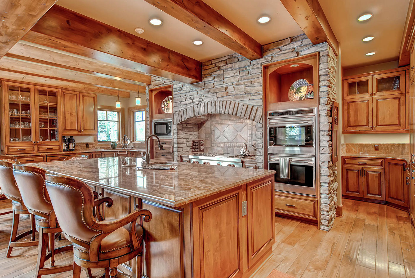 Beaver Creek Mountain Lodging Chateau Tralee Kitchen