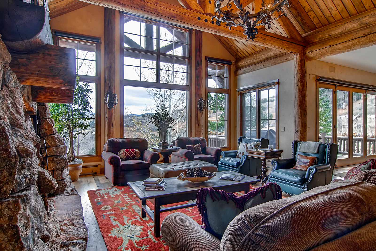 Beaver Creek Mountain Lodging Snowberry Living Room
