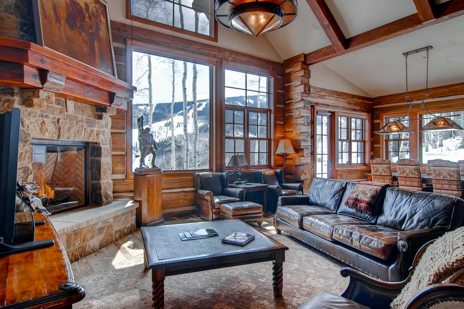 Beaver Creek Mountain Lodging Strawberry Park Living Room